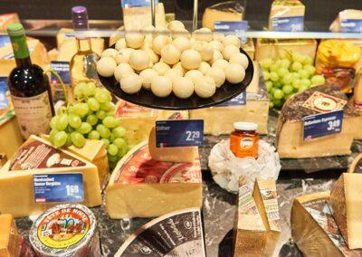 Käseauswahl in Ihrem Supermarkt in Haiger